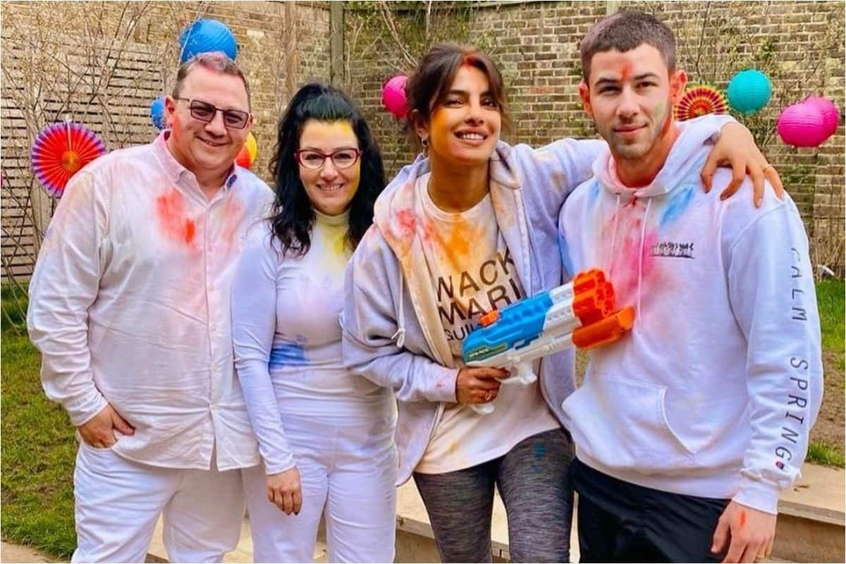 Priyanka Chopra Jonas Shares Pictures From Her