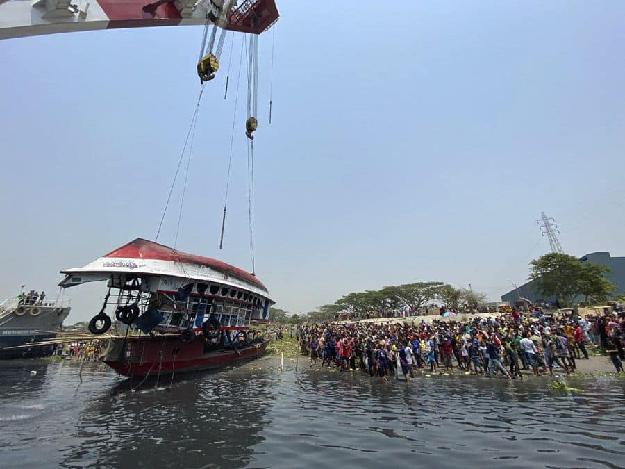 26 Dead as Launch Capsizes After Collision With Cargo Vessel in Bangladesh, India Condoles Loss of Lives