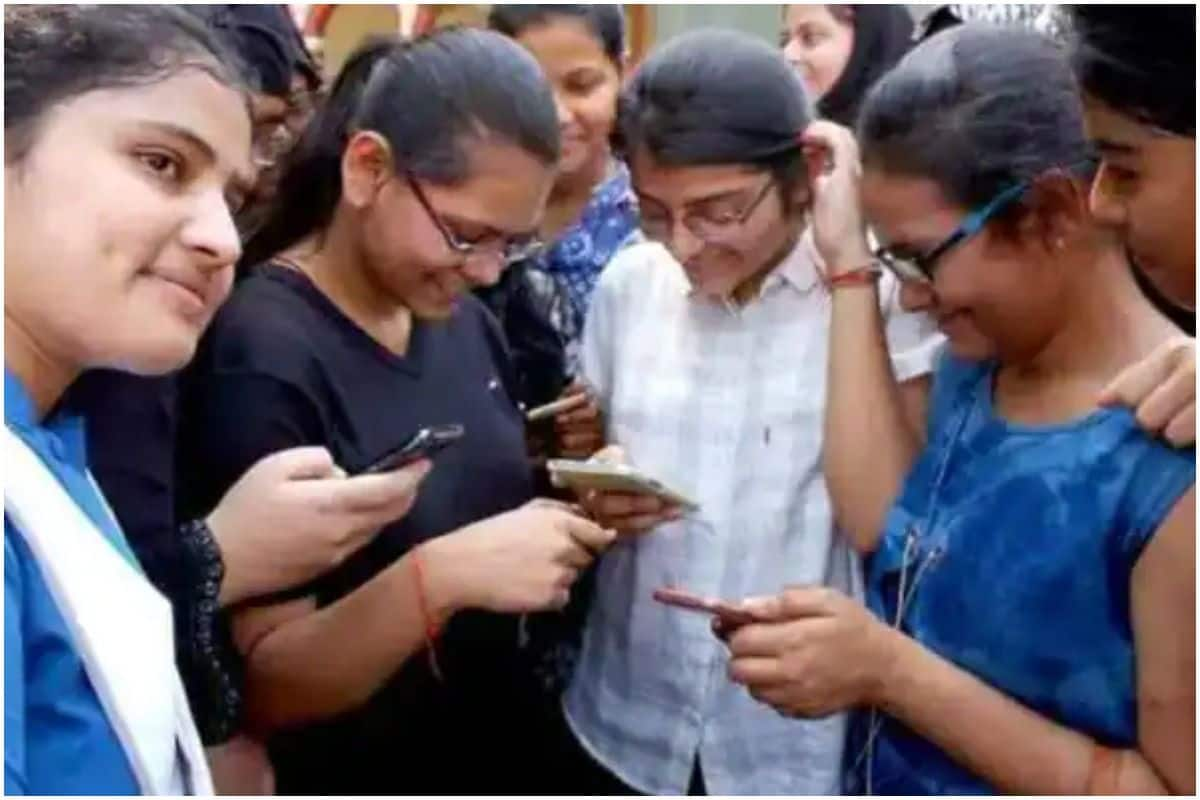 'Cancel Board Exams 2021 or Conduct it Online', Chorus Grows For Cancellation of Class 10, 12 Examinations