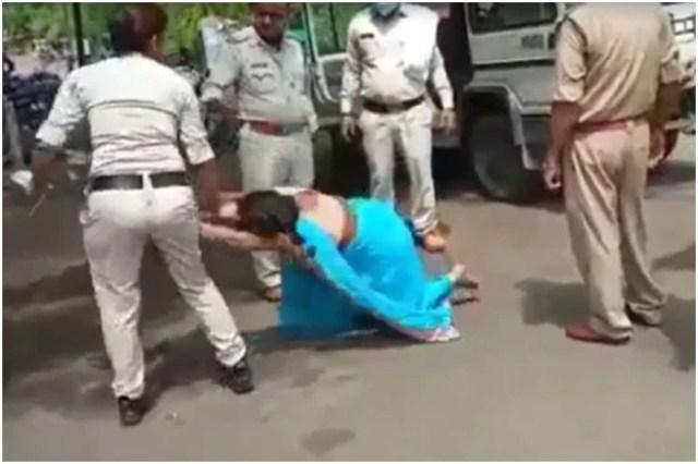 MP News: मास्क नहीं पहनने पर पुलिस ने सरेराह की महिला की पिटाई, सोशल मीडिया पर VIDEO वायरल...