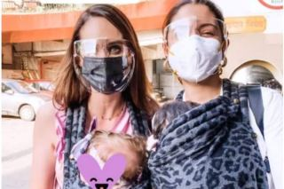 Unseen Photo of Anushka Sharma, Baby Vamika Posing For Selfie With Danielle De Villiers Goes Viral