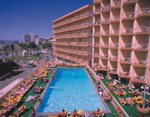 Hotel Piscis Park en San Antonio Abad  Infohostal