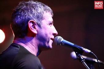 Răzvan Moldovan în timpul concertului Partizan din Control - 5 decembrie 2013