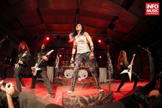 Arch Enemy in concert la Tubohalle, Bucuresti.