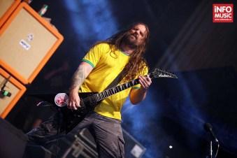 Chitaristul Andreas Kisser in concert la Metalhead Meeting, Arenele Romane 7 iunie 2014.