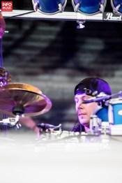 Tobosarul Mike Mangini în concertul Dream Theater de la Romexpo București pe 28 iulie 2014