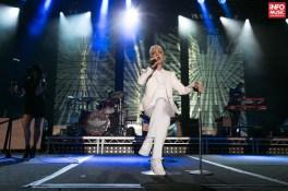 Marie Fredriksson în concertul Roxette de la Arenele Romane, pe 17 mai 2015