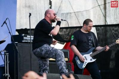 9.7 Richter în deschiderea concertului Judas Priest pe 1 iulie 2015