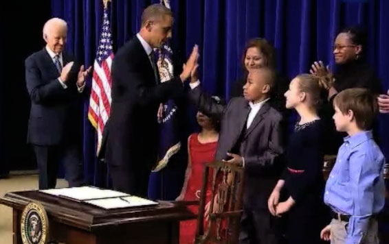 Obama Exploits Children for Executive Action Press Conference on Gun Control