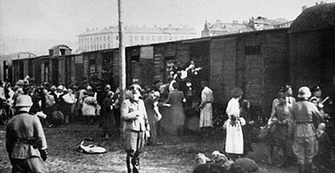 Jews being loaded onto trains to Treblinka at the Warsaw Ghetto's Umschlagplatz, 1942