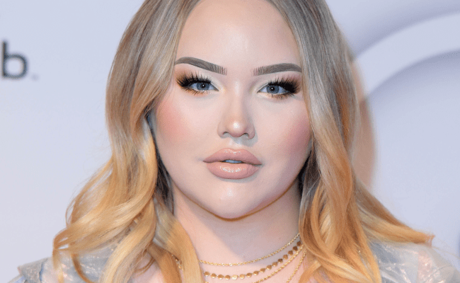 Beauty Youtuber Nikkietutorials Came Out As A Transgender