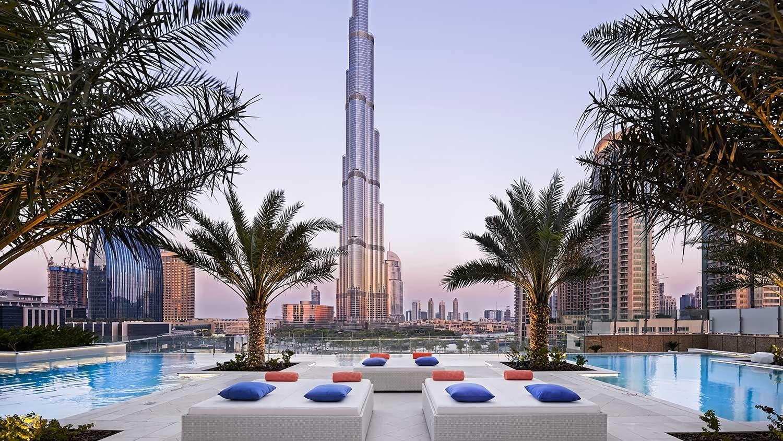 Radio Wallpaper Hd Looking For A Swimming Pool In Dubai With Burj Khalifa