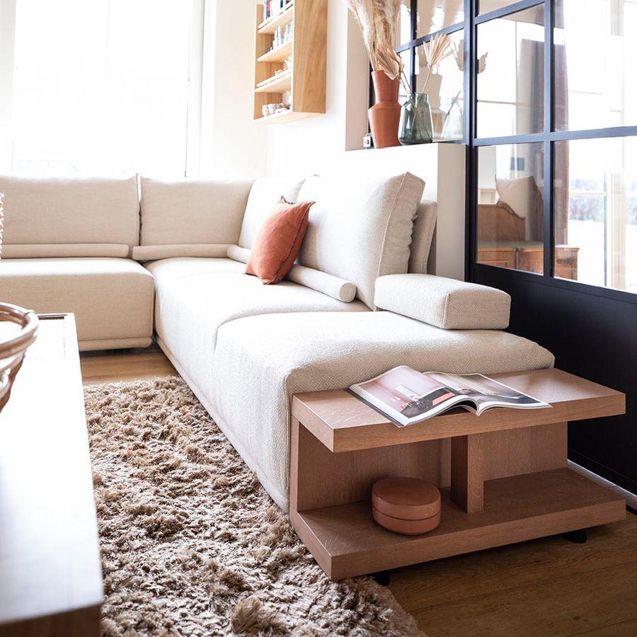 module table et accoudoir en bois avec coussin pour canape d angle en tissu beige milano