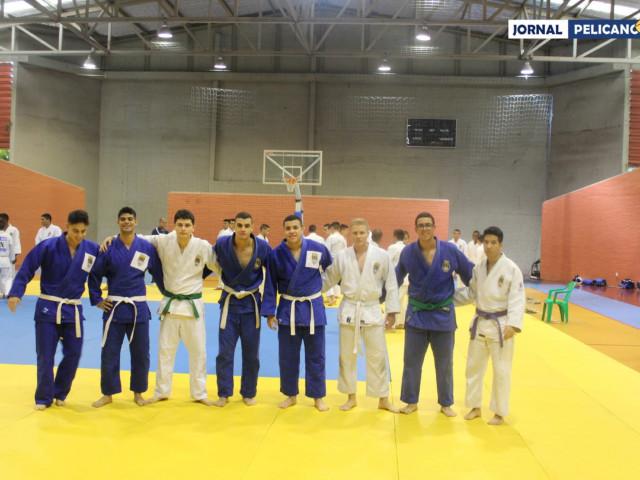 Equipe da EFOMM de judô. (Foto: Al. Assis / Jornal Pelicano)