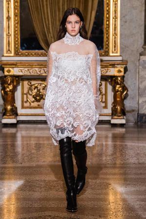 Ermanno Scervino: Ermanno Scervino Fall Winter 2021-22 Fashion Show Photo #35