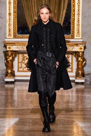 Ermanno Scervino: Ermanno Scervino Fall Winter 2021-22 Fashion Show Photo #33