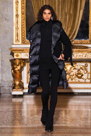 Ermanno Scervino: Ermanno Scervino Fall Winter 2021-22 Fashion Show Photo #28