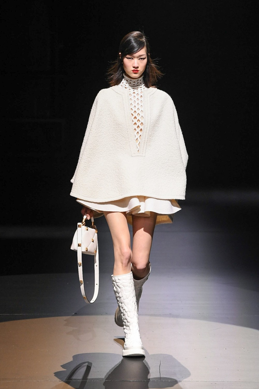 Valentino: Valentino Fall Winter 2021-22 Fashion Show Photo #29