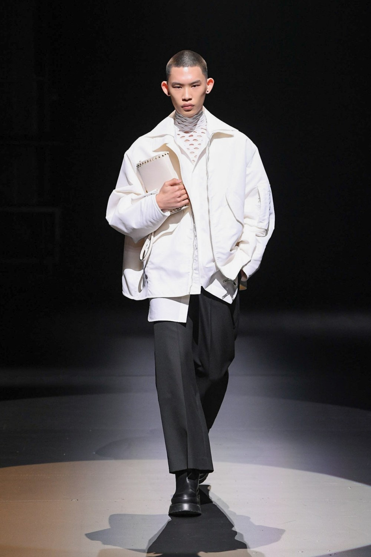Valentino: Valentino Fall Winter 2021-22 Fashion Show Photo #33
