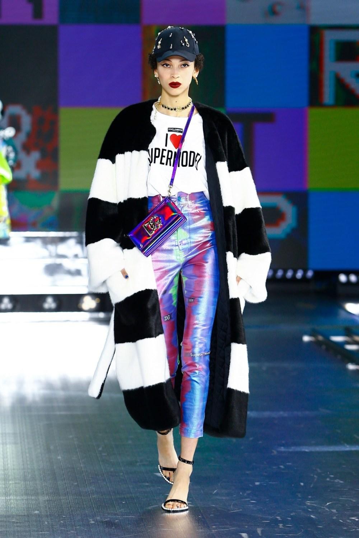Dolce & Gabbana: Dolce & Gabbana Fall Winter 2021-22 Fashion Show Photo #15