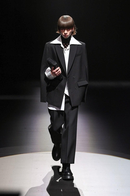 Valentino: Valentino Fall Winter 2021-22 Fashion Show Photo #6