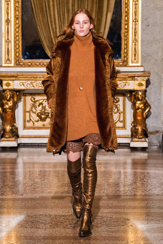 Ermanno Scervino: Ermanno Scervino Fall Winter 2021-22 Fashion Show Photo #7