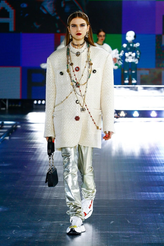 Dolce & Gabbana: Dolce & Gabbana Fall Winter 2021-22 Fashion Show Photo #43