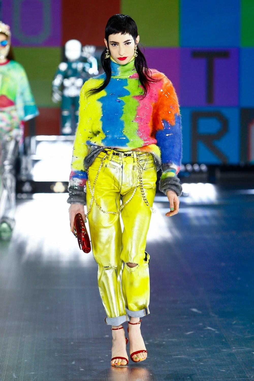 Dolce & Gabbana: Dolce & Gabbana Fall Winter 2021-22 Fashion Show Photo #10