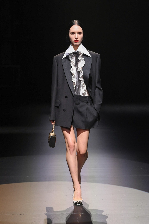 Valentino: Valentino Fall Winter 2021-22 Fashion Show Photo #19