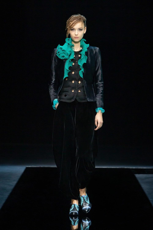 Armani: Giorgio Armani Fall Winter 2021-22 Fashion Show Photo #5