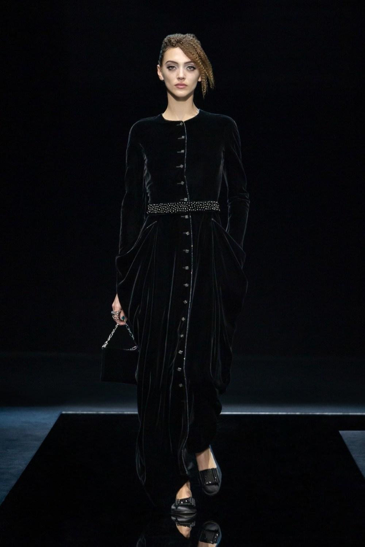 Armani: Giorgio Armani Fall Winter 2021-22 Fashion Show Photo #46