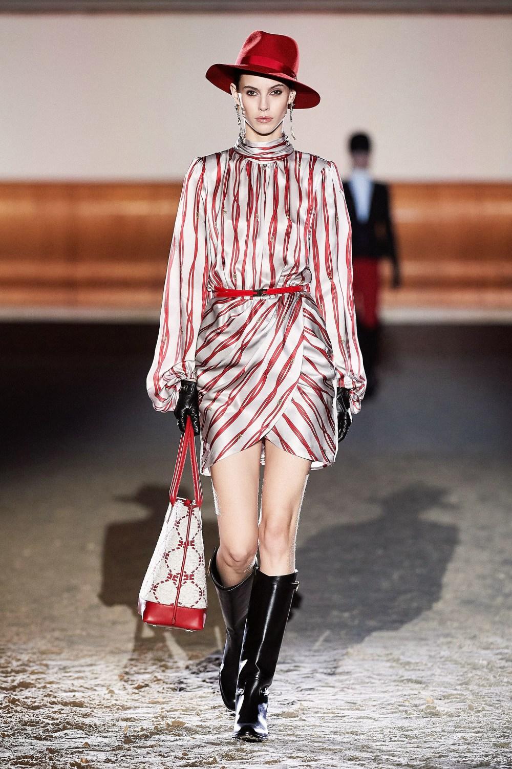 Elisabetta Franchi: Elisabetta Franchi Fall Winter 2021-22 Fashion Show Photo #37
