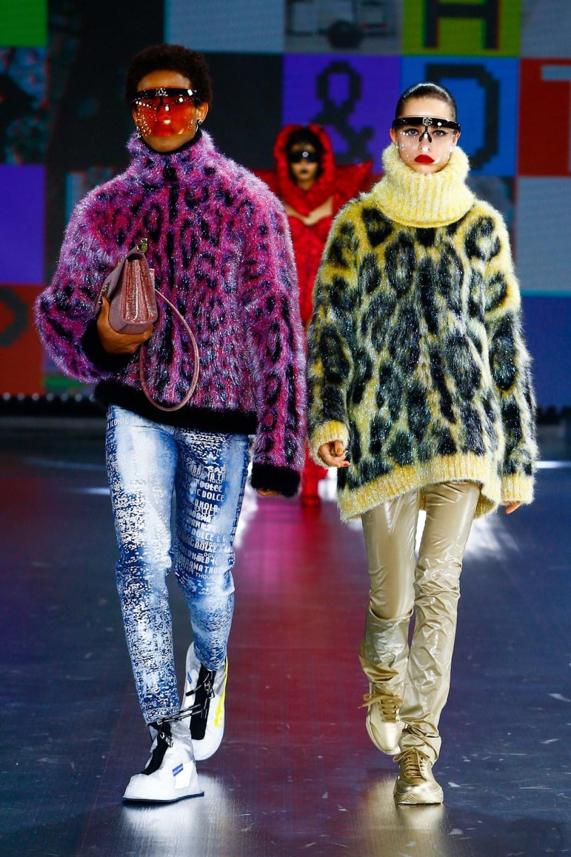 Dolce & Gabbana: Dolce & Gabbana Fall Winter 2021-22 Fashion Show Photo #51