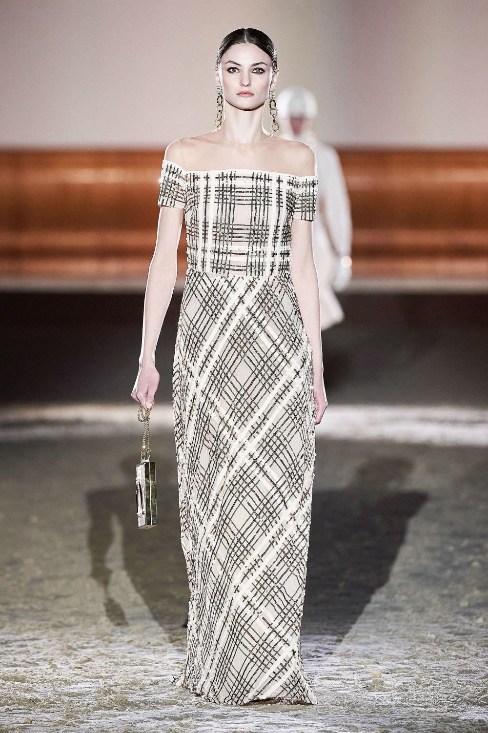 Elisabetta Franchi: Elisabetta Franchi Fall Winter 2021-22 Fashion Show Photo #50