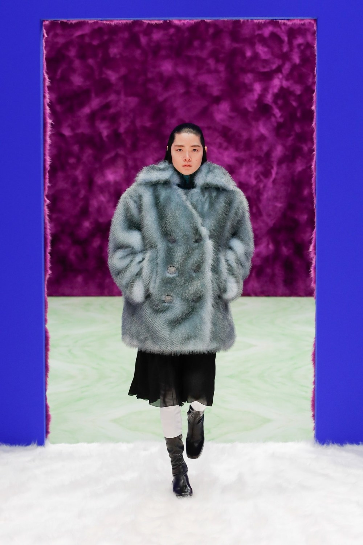 Prada: Prada Fall Winter 2021-22 Fashion Show Photo #23