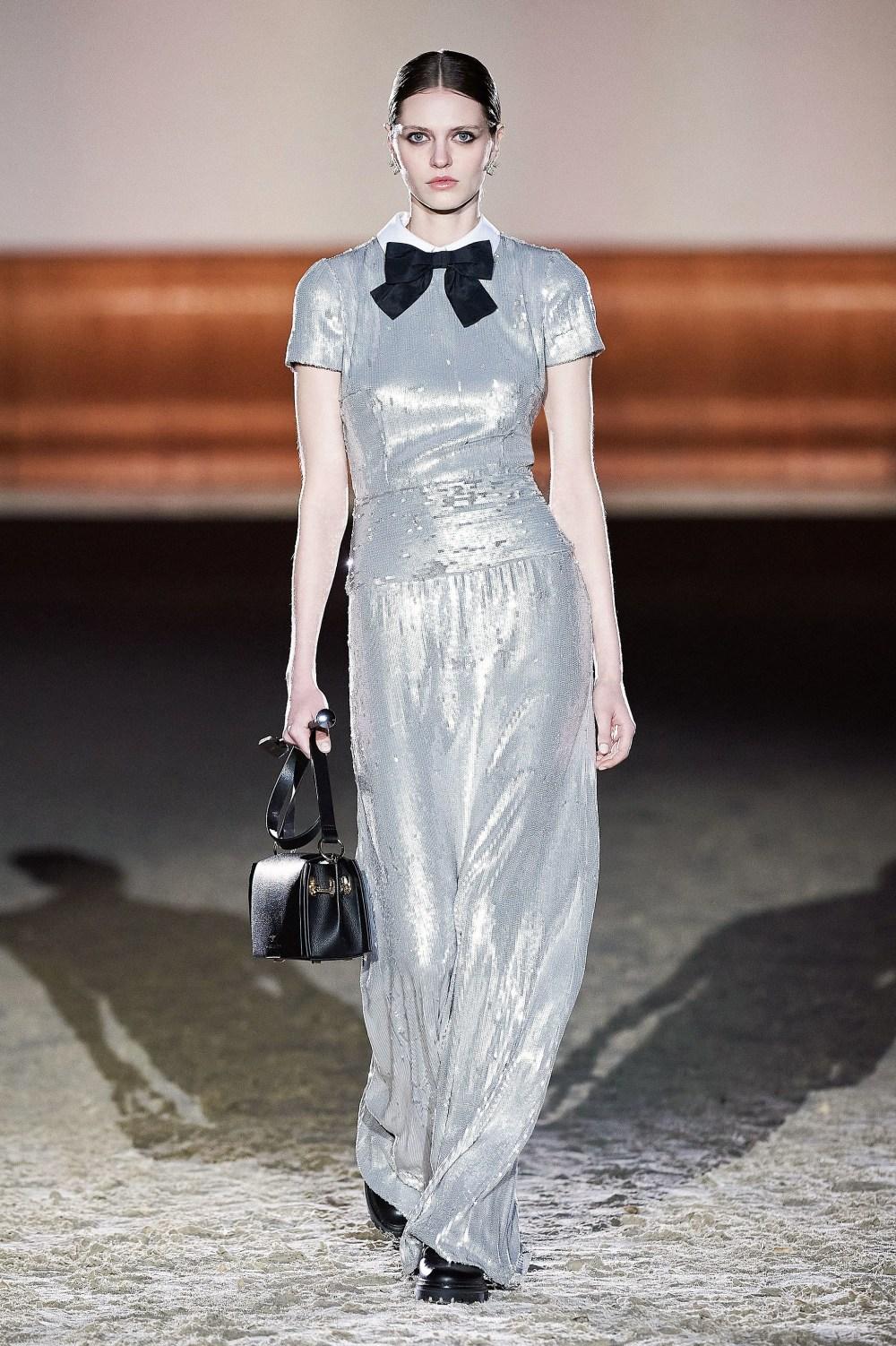 Elisabetta Franchi: Elisabetta Franchi Fall Winter 2021-22 Fashion Show Photo #30