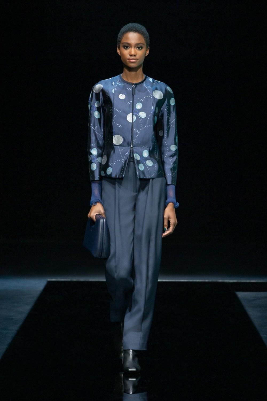 Armani: Giorgio Armani Fall Winter 2021-22 Fashion Show Photo #13