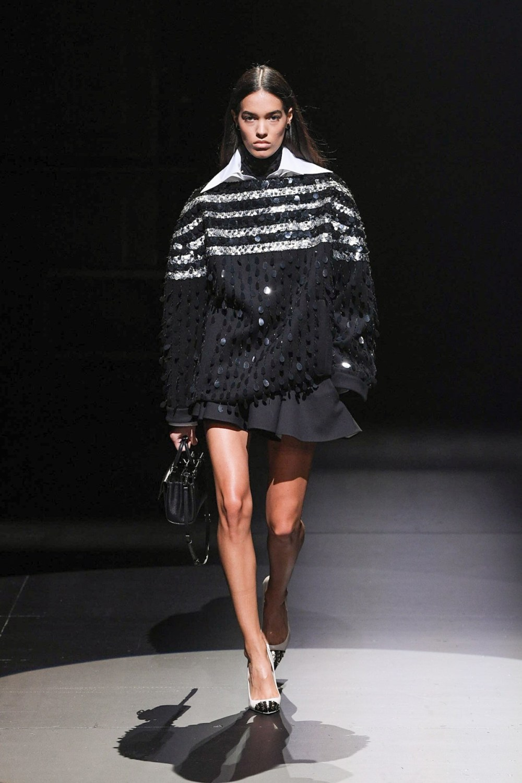 Valentino: Valentino Fall Winter 2021-22 Fashion Show Photo #45