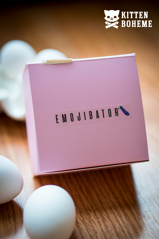 Emojibator Chickie Packaging