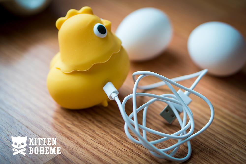 Emojibator Chickie USB Charging Cable