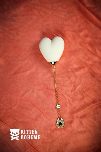 Zalo Baby Heart External Silicone Vibrator in Vanilla White