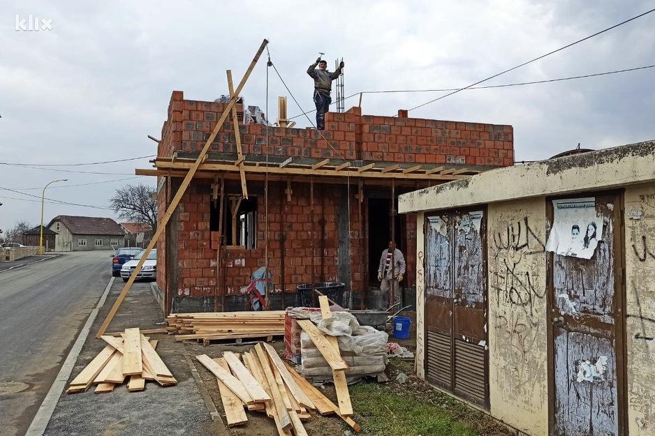 Budući objekt Dječije javne kuhinje u Lukavcu (Foto: Klix.ba)