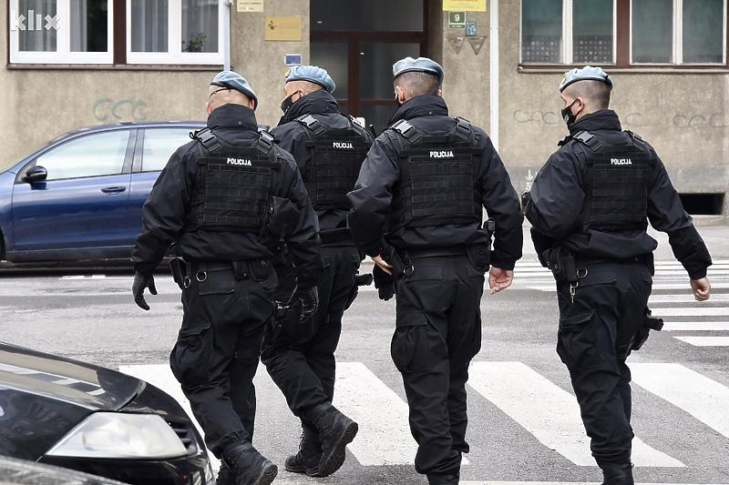 MUP KS o akciji Kontakt: Privedena 31 osoba, među njima i šest policajaca