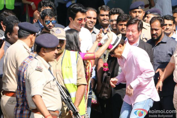 Jackie Chan has landed in Mumbai For Promotion of KungfuYoga