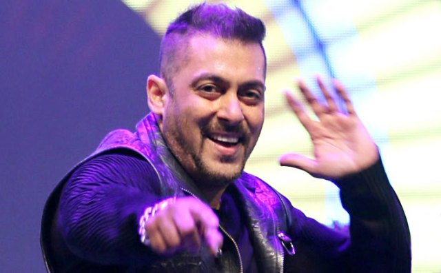 Salman Khan To Turn A Dancer Dad In His Next!