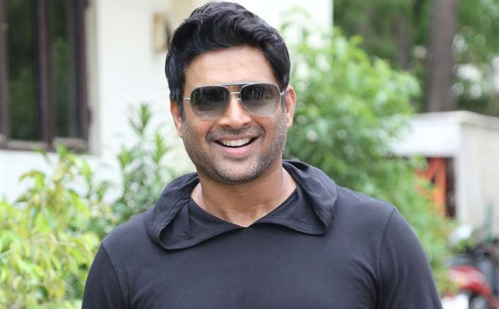 "R. Madhavan: ""I Am Not Politically Inclined & I Do Not Want To Be A Politician"""