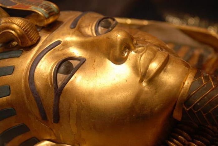 И даже Тутанхамона коснулись проблемы инцеста.
