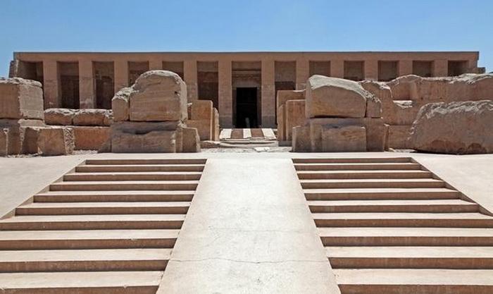 Поминальный храм Сети I в Абидосе