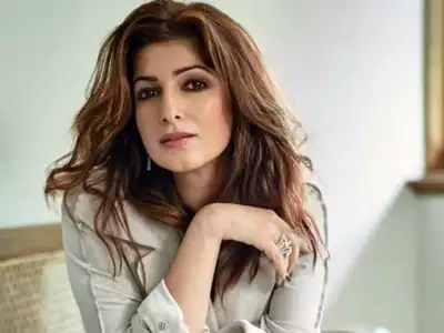 Twinkle Khanna: 1 lakh followers on Twinkle Khanna's tweak India, happy sharing of videos – twinkle khanna expressed happiness on instagram with a video after getting 100k followers on tweak india
