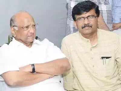 शरद पवार और संजय राउत (फाइल फोटो)